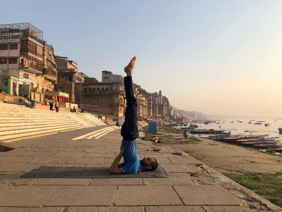 yoga-asana-yoga-trainer-ayush